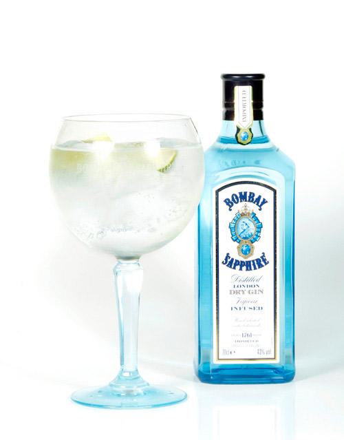 Bombay-Sapphire-Ultimate-Gin-&-Tonic_insertar
