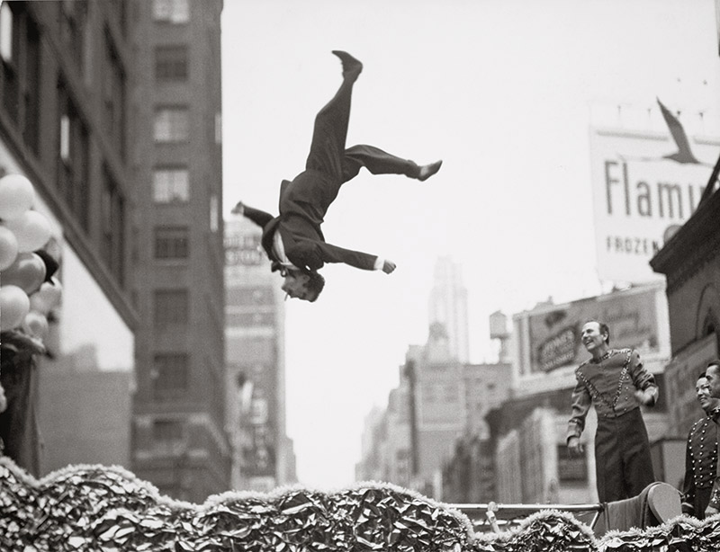 larry-winogrand-mapfre-07
