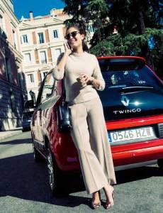 Hiba-Abouk-Renault-Twingo-02