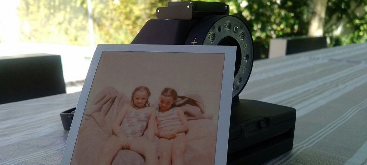 polaroid-the-impossible-1-analog-instant-camera