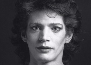 Robert Mapplethorpe_Revista Don_self portrait woman