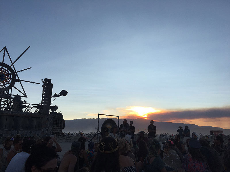 la-despensa-burning-man-2017-dia-3-atardecer